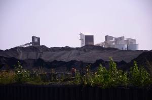 petcoke mountain in chicago